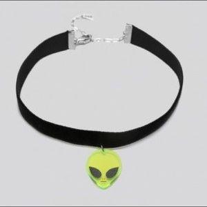 GYPSY WARRIOR Velvet Alien Choker NWT/NIB